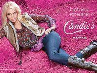 Britney Spears isi lanseaza propria linie vestimentara