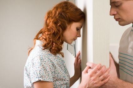 casatorita caut relatie extraconjugala