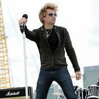 Bon Jovi a cantat pe acoperisul O2 Arena din Londra