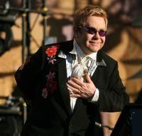 Elton John, cand cuvintele nu pot spune totul...