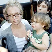 Britney Spears si-a maltratat copiii