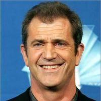 Mel Gibson si Oksana Grigorieva se bat prin avocati