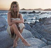 Jennifer Aniston isi lanseaza propriul parfum