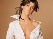 Jennifer Love Hewitt s-a culcat cu 26 de barbati