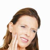 Semne care arata ca dintii sunt afectati de acizi
