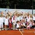 Tenis usor, distractiv, sanatos si norocos cu Tenis10