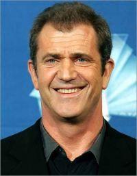 Mel Gibson, implicat intr-un accident de circulatie