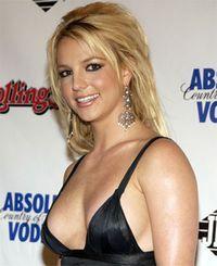 Britney Spears, rugata de iubit sa se spele mai des