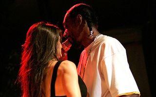 Demi Moore, dans lasciv cu Snoop Dogg