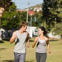 Mersul pe jos poate preveni mii de cazuri de cancer anual