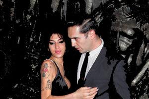 Amy Winehouse s-a despărţit de iubit