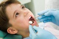 Pentru prima dată cu copilul la dentist