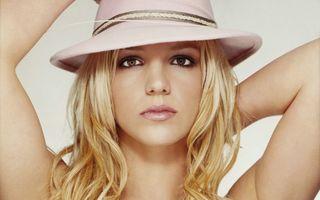 Britney Spears, acuzată de hărţuire sexuală