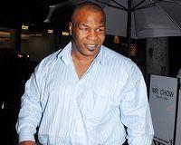 Mike Tyson va fi tată pentru a opta oară