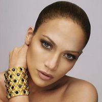 """Jennifer Lopez primeşte 12 milioane $ pentru prezenţa în juriul """"American Idol"""""""