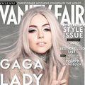 Lady GaGa a prizat cocaină de pe Biblie