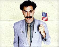 Sacha Baron Cohen, în rolul lui Freddie Mercury