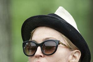 Madonna, îndrăgostită de un hispanic tânăr