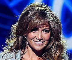 Jennifer Lopez îl caută pe Michael Jackson
