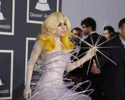 Lady GaGa îşi cumpără castel în Marea Britanie