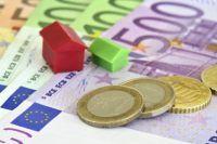 Poţi economisi bani pe timp de criză?