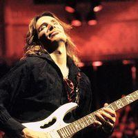 Chitaristul Steve Vai concertează în decembrie, la Bucureşti