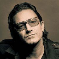 Bono lansează o colecţie de haine cu temă africană