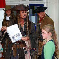 Johnny Depp îndeplineşte dorinţele copiilor