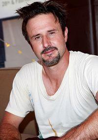 David Arquette a făcut terapie după despărţirea de Courteney Cox