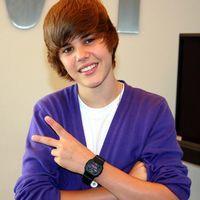 Justin Bieber, investigat pentru că a atacat un băiat de 12 ani