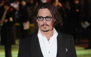 Johnny Depp a cumpărat haine colegilor de filmare