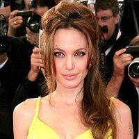 Ungurii din Budapesta au escrocat-o pe Angelina Jolie