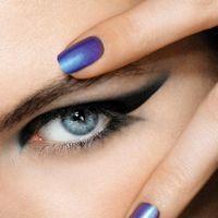 Ce culori alegi pentru unghiile tale în acest sezon?