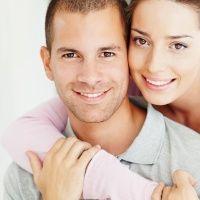 Cine mai crede în monogamie?