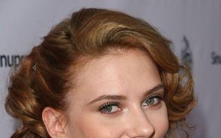 Scarlett Johansson: Cinci tipuri de machiaj de pe covorul roşu