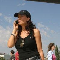 Mihaela Rădulescu: 12 ţinute care i se potrivesc