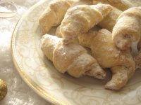 Cornuleţe cu nuci