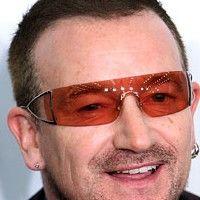 Facebook-ul l-a îmbogăţit pe Bono