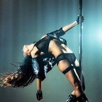 5 mişcări de striptis ca să slăbeşti