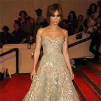 Jennifer Lopez: 10 ţinute senzuale