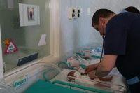 """Spitalele Cantacuzino, Pantelimon şi Filantropia din Bucureşti vor primi prima donaţie Pampers® din cadrul campaniei """"1 pachet = 1 vaccin"""""""