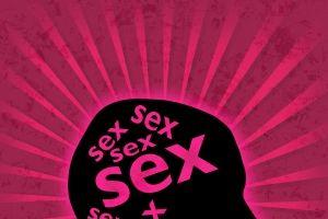 10 idei care îi trec prin cap când face sex