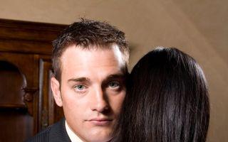 Bărbaţii înşală pentru că sunt nesatisfăcuţi emoţional