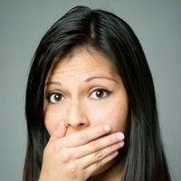 5 soluţii rapide pentru respiraţia urât mirositoare