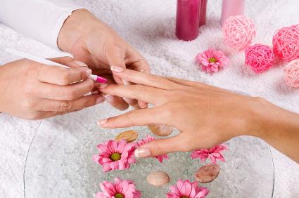 Unghiile Cu Gel 6 Avantaje 4 Dezavantaje Frumuseţe Cosmetica