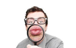 6 secrete pe care le citeşti pe buzele lui