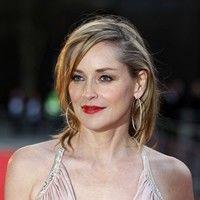 Hollywood: 5 vedete în bikini la peste 50 de ani