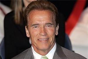 Arnold Schwarzenegger a recunoscut că are un copil cu o fostă angajată