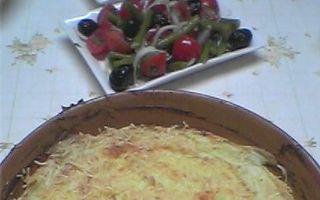 Piure de cartofi cu brânză la cuptor