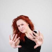 """Paranormal: """"Nu suport să fiu atinsă de bărbaţi!"""""""
